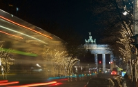Главная улица Берлина останется без рождественской иллюминации