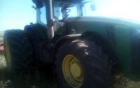 На Донетчине трактор подорвался на мине: пострадал водитель