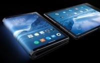 Первый в мире гибкий смартфон представили в Китае