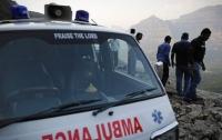 В Индии автобус с людьми упал в ущелье, много погибших