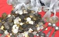 Поп из Киево-Печерской лавры пожаловался, что у него украли полмиллиона