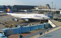 Lufthansa отменит половину рейсов из-за забастовки в немецких аэропортах