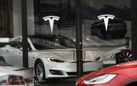 Tesla сокращает часть бизнеса
