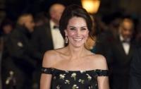 Кейт Миддлтон покорила красную дорожку на церемонии вручения премии Bafta 2017 (Видео)