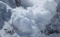 Три альпиниста погибли из-за схождения лавины в Японии