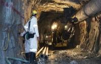 В Южной Африке спасли 955 работников, застрявших под землей в шахте