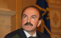 Друзья бесплатно дали львовскому губернатору черный Lexus