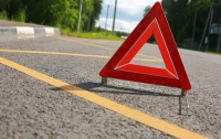 Шокирующее ДТП в Китае: на дороге столкнулись 22 грузовика