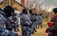 В домах крымских татар начались обыски: известно о пяти задержанных