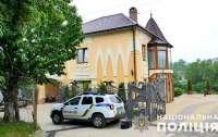 На Буковине иностранец устроил перестрелку с копами, есть раненые (видео)