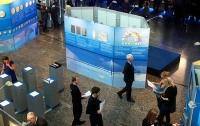 В Латвии банки будут следить за счетами с годовым оборотом больше €15 тысяч