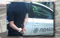 Под Харьковом задержали полицейского на крупной взятке