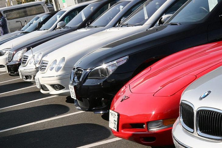 В государство Украину резко увеличился импорт авто