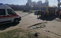 Лужа крови: в Киеве пьяный пассажир разбил голову в маршрутке