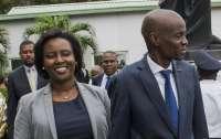 Посольство Гаити опровергло информацию о смерти супруги президента