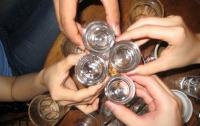 От отравления алкоголем в Чехии скончались уже 30 человек