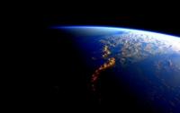 Астронавт NASA встречает земные дни и ночи одновременно (ФОТО)