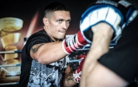 Усик считает нечестным проведение боя с Гассиевым в России