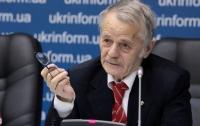 Джемилев сказал, что Зеленский готов помочь татарам