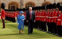 Елизавета II пригласила Трампа в Британию