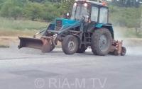ДТП в Запорожской области: водитель растерял по дороге тонны груза