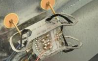 Ученые создали ползающего по потолку робота-таракана (видео)
