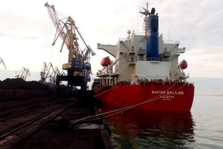 2-ое судно с североамериканским углем для компании Ахметова прибыло в государство Украину