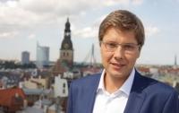На мэра Риги заявили в полицию из-за карикатуры о заявленном Латвией ущербе от СССР