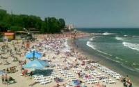 Знаменитый одесский пляж превращен в свалку (ФОТО)