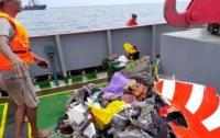 Авиакатастрофа в Индонезии: погибли 20 чиновников