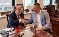 Адвокат Трампа похвалил Кличко за работу и патриотизм