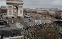 Боевиков с Донбасса заметили среди протестующих в Париже