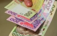 Мошенник в Одессе заплатил сувенирными деньгами за покупки на АЗС и в магазине