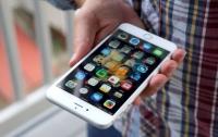 Украинка пыталась пронести через границу полсотни айфонов