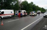 Под Харьковом произошло масштабное ДТП, пострадали люди