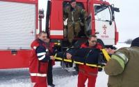 Врачей к пациенту доставили пожарники
