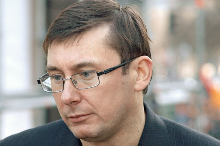 Луценко: Воспользуюсь семейным положением для изменения закона оНАБУ