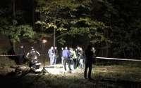 На Лысой горе в Киеве нашли тело с ножницами в шее (видео)