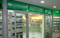 «Ударовец»  наносит удар по киевским аптекам