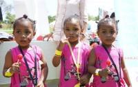 В Дубае состоялся фестиваль близнецов