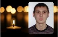 Умер в больнице: в Черкассах с шестого этажа общежития выпал студент