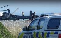 В Новой Зеландии вертолет рухнул на пляж