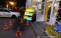 Киевские подростки ограбили магазин на заправке