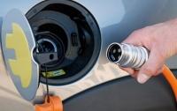 Рада разрешила ввозить электромобили без уплаты НДС и акциза