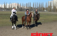 На столичном ипподроме соревновались ковбои (Фото)