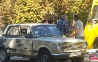 ДТП под Киевом: пострадали бабушка с внучкой