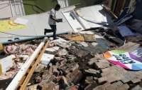 Разрушены дома, перевернуты самолеты, есть погибшие: Ураган