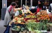 В Украине разрешили работу продуктовых рынков во время карантина