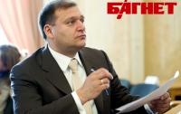 Добкин считает, что «коктейль Молотова» в офис ПР может бросить только выпивший