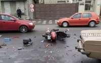 В Харькове сбили мопедиста